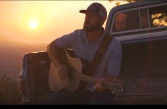 Long-Time Love Affair:  Country Music & The Pick-Up Truck