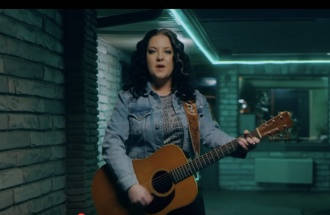 Country's Ashley McBryde's Tell-All About the One-Night-Stand